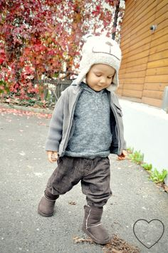 cute and comfy baby fall outfit