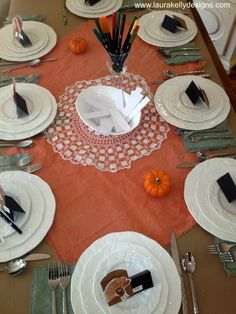 interactive Thanksgiving table for our family!  Thumbprint turkey place cards with bags for gratitude. XO  #HolidayIdeaExchange