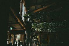 The set up: DIY barn wedding with foliage garlands