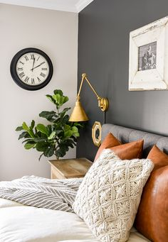 High Contrast, Dark and Moody Bedroom Update A master bedroom gets a high contrast dark and moody makeover with Sherwin-Williams Iron Ore Stylish Bedroom, Modern Bedroom, Dark Cozy Bedroom, Zen Master Bedroom, Dark Bedrooms, Dark Bedroom Walls, King Bedroom, Blue Bedroom, Contemporary Bedroom