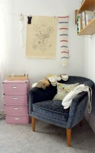 I like the chair and hanging pictures with clothes pins...