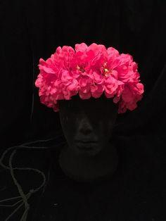 60's 70's Hippie Daisy Chain Hot Pink Zinnia Flower Crown. Hippie Festival Boho #EmpireMiniTopHats