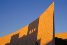 v2com newswire | Competition | Prestigious new Award for Architecture endowed by Raymond Moriyama, Fraic - Royal        Architectural Institute of Canada (RAIC)  @Raymond Moriyama