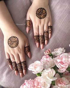 Pretty Henna Designs, Indian Henna Designs, Finger Henna Designs, Henna Art Designs, Mehndi Designs For Girls, Mehndi Designs For Beginners, Modern Mehndi Designs, Dulhan Mehndi Designs, Mehndi Designs For Fingers