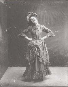 nemotes:  Laughing Woman, unknown, late 1800s, early 1910s