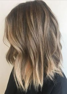 Styles de cheveux Balayage pour cheveux de longueur moyenne, Idées de couleur coiffure moyen