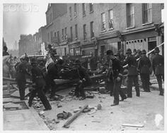 Police dismantle a barrier near Mark Lane, London, to make way for a march by supporters of the leader of the British Union of Fascists Oswald Mosley. The barricade was constructed by members of the Communist Party. Diesel Punk, Vintage London, Old London, World Conflicts, East End London, Bnf, London Photos, London Life, Historical Pictures
