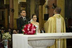 Bem me Quer: Casamento: Simone & Fernando. Confiram mais uma linda história de amor real no Bem Me Quer Casar. Um casamento tradicional, porém nada clichê! Inspire-se.
