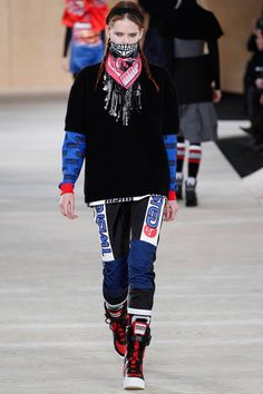 Marc by Marc Jacobs   Fall 2014 Ready-to-Wear Collection   Style.com    I need this handkerchief