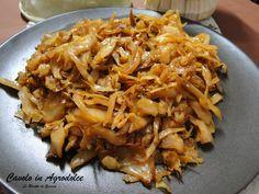 Ricetta per preparare il Cavolo cappuccio in umido alla Siciliana in agrodolce. Un contorno vegetariano o vegano. Ideale come farcitura per panini.