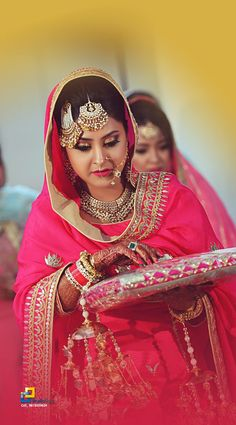 A Bangladeshi bride, posing happily on her wedding ceremony. I love how freaking awesome do they look with their dresses and ornaments. Punjabi Wedding Suit, Punjabi Bride, Wedding Suits, Wedding Bride, Bengali Bride, Wedding Dress, Wedding Shoot, Bridal Hijab, Hijab Bride