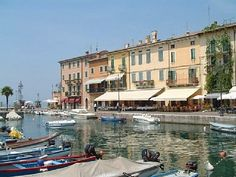 Lazise, Italy...oh wow someone else has actually been here!!!! love the market they have on Wednesdays..