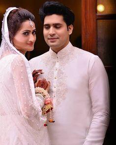 Debashish biswas wedding dresses