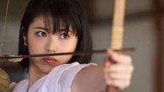 女優の浜辺美波さんが出演するNHK・Eテレの語学番組「ボキャブライダー on TV」の拡大スピンオフドラマ「ボキャブライダー ~選ばれし者~」が17日に放送される。浜... - 写真特集 (5/13枚) Ulzzang Short Hair, Asian Short Hair, Japanese Beauty, Asian Beauty, Real Samurai, Prity Girl, Martial Arts Women, Human Poses, Cute Japanese Girl