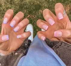 Short French Tip Nails, French Tip Acrylic Nails, Acrylic Nail Tips, Square Acrylic Nails, Cute Acrylic Nails, Square Nails, Cute Nails, Pretty Nails, Hair And Nails