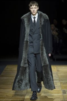 Dior Homme - Men Fashion Fall Winter 2014-15 - Shows - Vogue.it