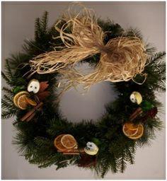 Va asteptam la Targul de Cadouri de Craciun Christmas Wreaths, Holiday Decor, Home Decor, Decoration Home, Room Decor, Home Interior Design, Home Decoration, Interior Design