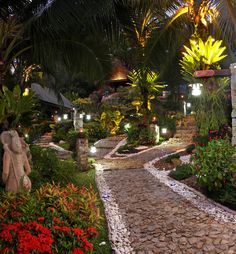 Boomerang Village Resort Phuket. Surrounded by greenery and colorful environment characteristic of the island of Phuket, an oasis proper.