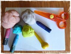 Motricité fine et activité sensorielle : la pâte à modeler au service de Montessori  La cour des petits
