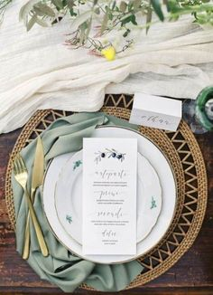 70 super ideas for wedding table linens green place settings #wedding