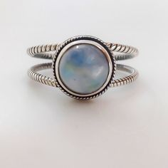 Handcrafted Moonstone Sterling Silver Ring with Twist Band - donbiujewelry - 1