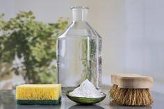 Nämä kolme e-sanaa liittyvät yhteen: etikka, edullisuus ja ekologisuus. Oletko sinä tiennyt, mihin kaikkeen väkiviinaetikkaa kannattaa kodinhoidossa käyttää?