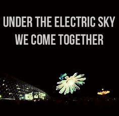 Nothing like the bonds you make while enjoying your favorite music Edm Music, Dance Music, Edc Las Vegas, Electro Music, Festival Gear, Electric Daisy Carnival, All That Matters, Types Of Music, Trance