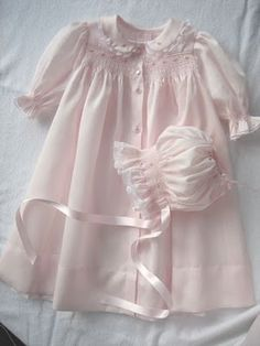 Hand smocked gown & bonnet. Old Fashioned Baby pattern. If I ever have a girl, my mom will need to make this!!!!
