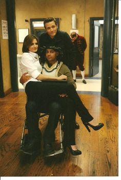 Castle || Seamus Dever (Kevin Ryan), Stana Katic (Kate Beckett) & Jon Huertas (Javier Esposito)