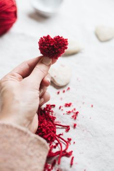 Homemade Valentines, Valentine Day Gifts, Hippie Crafts, Paper Crafts, Diy Crafts, Winter Food, All You Need Is, Diy For Kids, Scissors