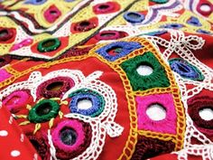 The Indian Wedding Blog: Embroidery styles of India