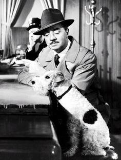 William Powell y Asta en una de las películas de la saga del 'hombre delgado'