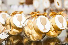 Communion Decorations, First Communion Cakes, Ideas Para Fiestas, Christening, Sacramento, Altar, Party Ideas, First Communion Party, Communion Favors