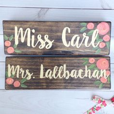 @lillouhandmade posted to Instagram: Alright teacher friends, have you order a sign for you desk and your door yet?  My turn around times are quick right now so there's probably still time to get yours before school start!  To make sure, just shoot me a message before you order..Shop link in profile  #backtoschool #iteach #teachersfollowteachers #classroomdecor #firstgrade #teachersofinstagram #igteachers #iteachfirst #kindergartenteacher #teaching #iteachsecond #schoolsupplies #iloveteaching #c Teacher Signs, Kindergarten Teachers, First Grade, Classroom Decor, School Supplies, Back To School, Profile, Desk, Messages