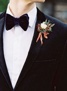 10 Ways to Style Your Groom (and his men) Vintage