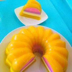 Gelatina de mango rellena de cheesecake de naranja