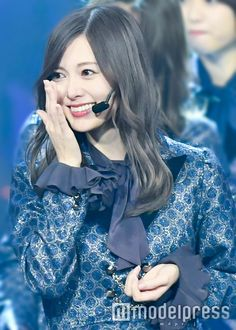 Mai Shiraishi 白石麻衣Wait ,what ! I don't have a different hair color ,O. it's just a current nogi joke ,(I hope) Japan Woman, Different Hair Colors, Japanese Beauty, White Stone, Real Women, Tulle, Beautiful Women, Ruffle Blouse, Singer