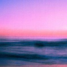 foto da semana 📷 via Over The Rainbow, Waves, Clouds, Magazine, Photography, Outdoor, Instagram, Gaia, Paintings