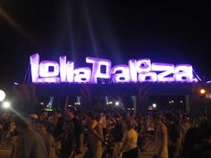 Lollapalooza 2015 Lineup Announced, Featuring Paul McCartney, FKA twigs, Charli XCX, Millions Lollapalooza, The Killers, The Black Keys, Pearl Jam, Paul Mccartney, Planet Hemp, Claro Tv, Queens, Florence The Machines