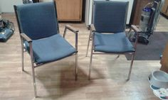 2 Vintage chairs from like 40's or 50's I'm selling these for only $10 Each!!   Dirt cheap!!  great condition!