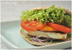 Gluten free Halloumi-Mango-Burger ---- Glutenfreie Burger mit Hallumi, Mango und Bärlauchpesto - hallo Frühling!