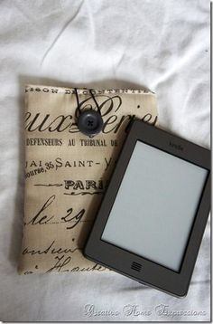 DIY tablet cover. This is so cute and budget friendy too!