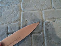 Cake Boards #1: York Stone Effect - by FifiCakes @ CakesDecor.com - cake decorating website
