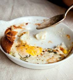 10 Dinner Recipes with EGGS!