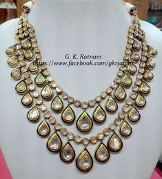 Bridal Jewelry should be two things: Classy and Fabulous. Check and mate! Gold and diamond-polki necklace manufactured as part of a client's wedding jewelry | Diamond Polki Jewelry | Bridal Sets | Vilandi Jewelry | Traditional Indian Jewelry | Wedding Jewelry