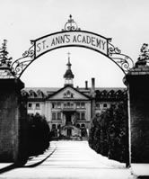 Ann's Academy is an historcal landmark, a beautiful place to get married at! (In doors and out doors available! Great Places, Beautiful Places, Victoria Wedding, Wedding Venues, Wedding Ideas, Places To Get Married, Island Weddings, Vancouver Island, Summer Travel