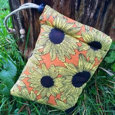 Sunflower Padded Pipe Pouch - Pipe Bag