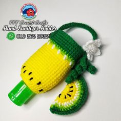 "Fredolina Fealyne Francis on Instagram: ""Hand Sanitizer Holder  🧶🧶🧶🧶🧶  #fffcrochetcraft  #rafflesiaborneocrocheteria  #kraftanganmalaysia #krafmalaysia  #mengaitmalaysia…"" Crochet Mask, Crochet Pouch, Crochet Purses, Crochet Gifts, Crochet Stitches, Knit Crochet, Crochet Patterns, Crafts To Sell, Diy Crafts"