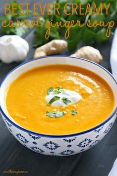 This Best Ever Creamy Carrot Ginger Soup is the best carrot soup that's warm, he. - This Best Ever Creamy Carrot Ginger Soup is the best carrot soup that's warm, hearty, and packed - Creamy Carrot Soup Recipe, Vegan Carrot Soup, Ginger Soup Recipe, Carrot Ginger Coconut Soup, Carrot Soup Easy, Carrot Recipes, Healthy Recipes, Gourmet Recipes, Dinner Recipes