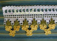 Flor Amarelo em Crochê -  /  Yellow Flower Crochet -